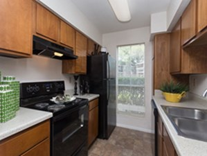 Kitchen at Listing #138917