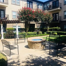 Courtyard at Listing #137989