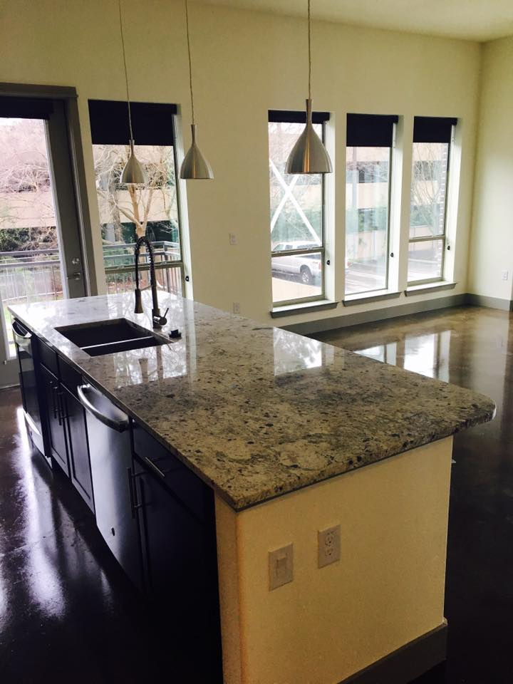 Dining/Kitchen at Listing #264780