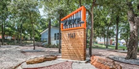 Entrance at Listing #137134