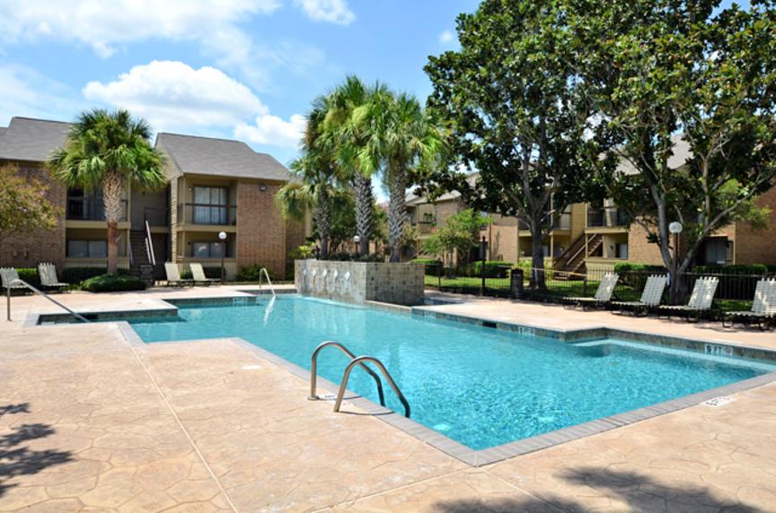 Pool at Listing #139203