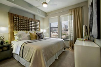 Bedroom at Listing #155008