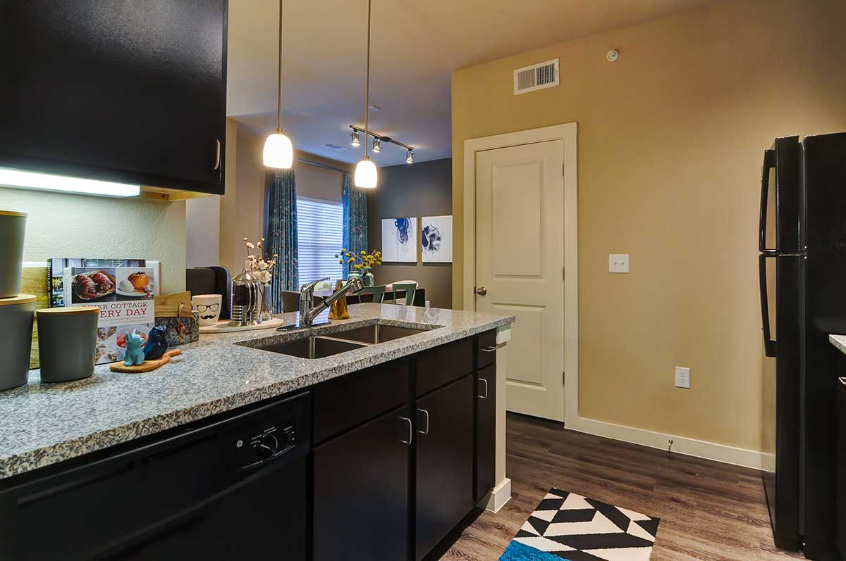 Kitchen at Listing #283007