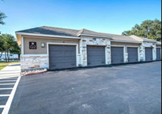 Garages at Listing #155267