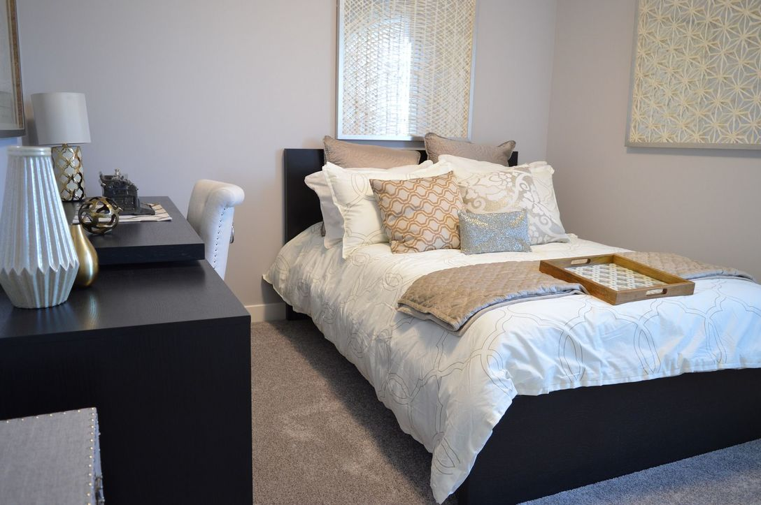 Bedroom at Listing #153131
