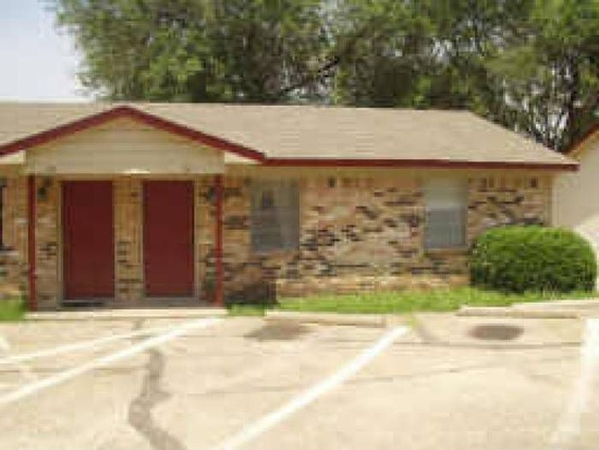 Exterior at Listing #137471