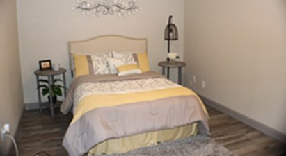 Bedroom at Listing #136808