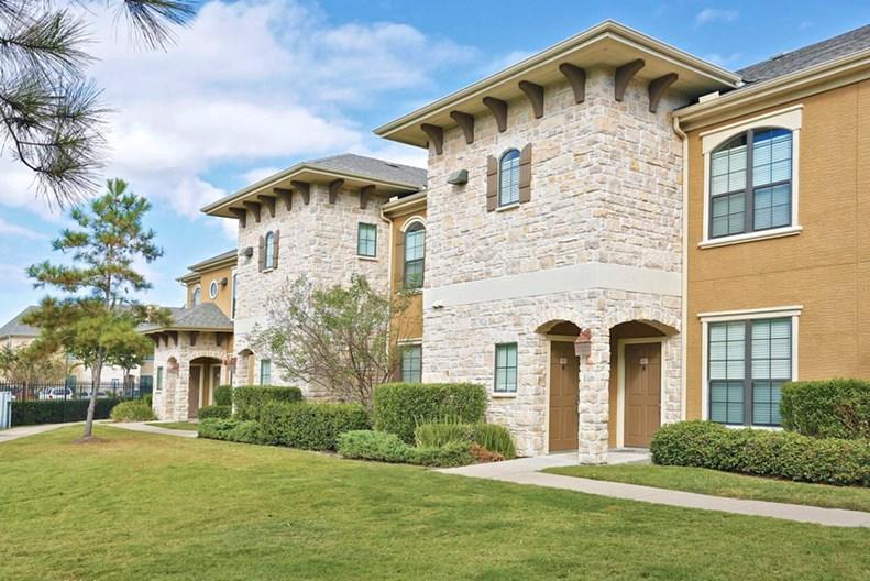 Cortland Lakemont Apartments