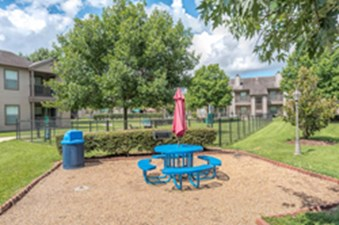 Picnic Area at Listing #138241