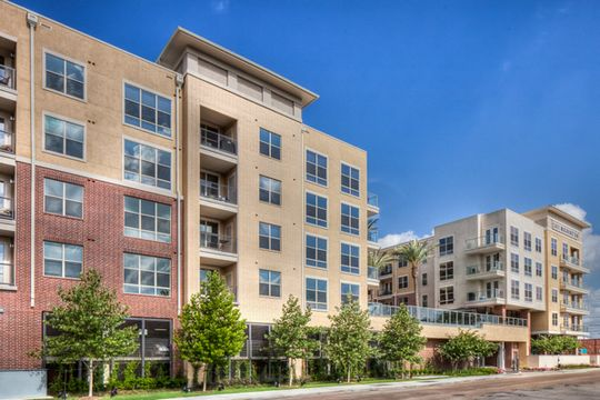 2411 Washington at Listing #154059