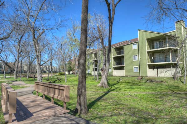 Royal Phoenician Apartments Houston TX