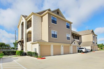 Exterior at Listing #147165