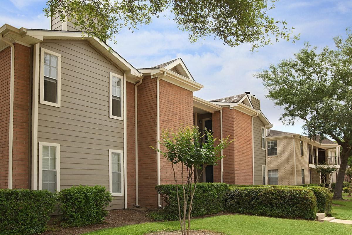 Exterior at Listing #138422