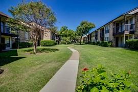 Courtyard Apartments Garland TX