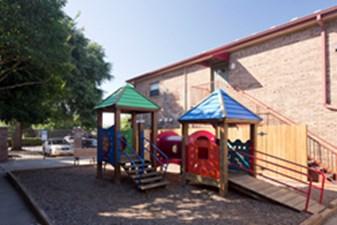 Playground at Listing #140178