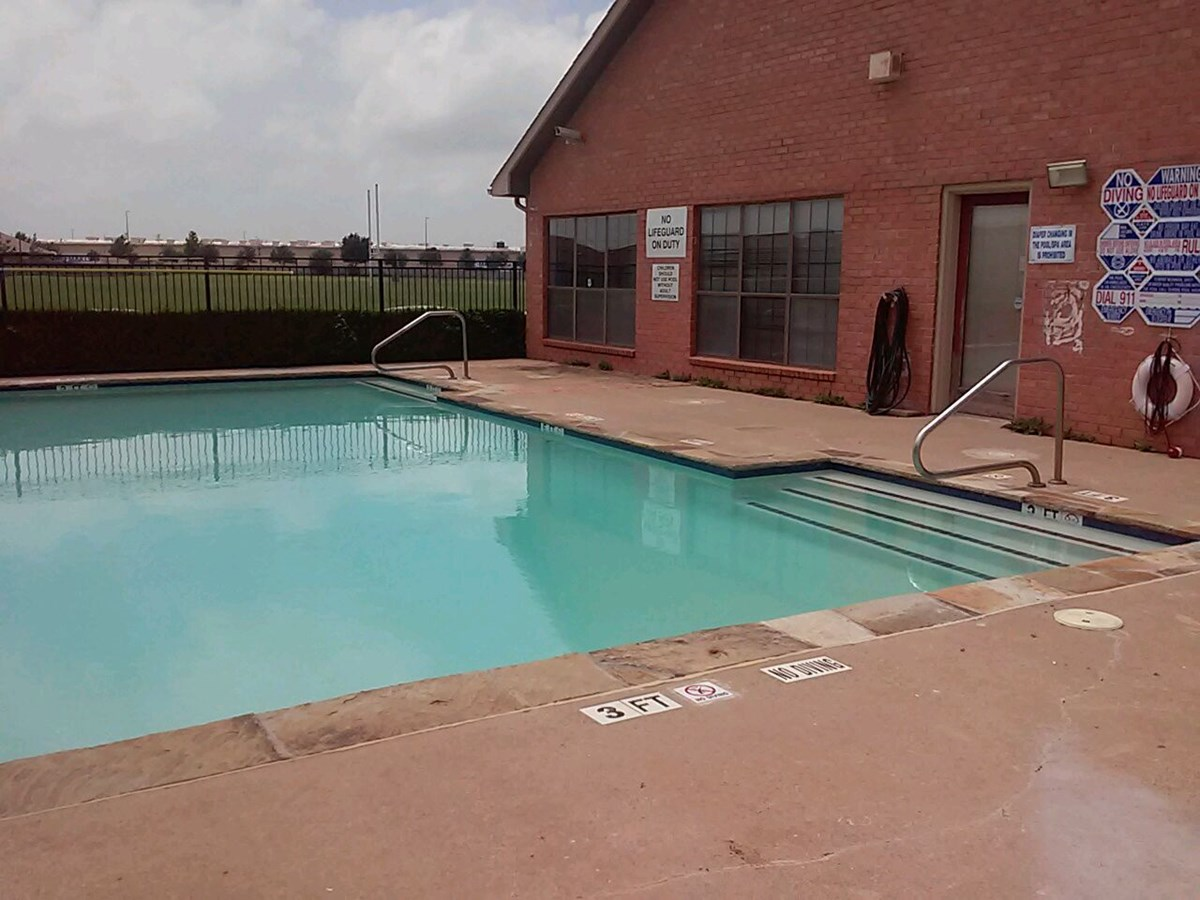 Pool at Listing #137214