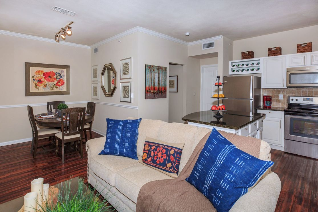 Living at Listing #137891