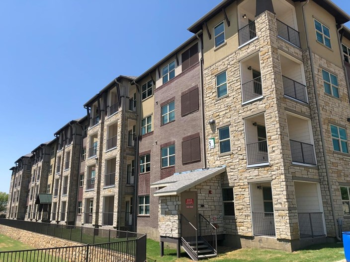 Discovery Park Apartments
