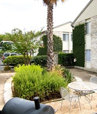 Courtyard at Listing #140492