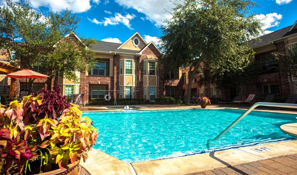 Pool at Listing #138715