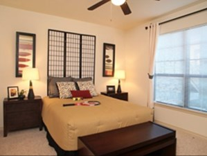 Bedroom at Listing #145008
