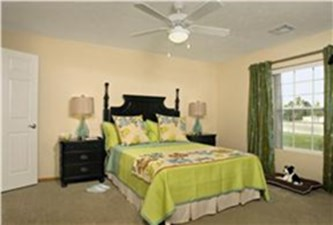 Bedroom at Listing #154057