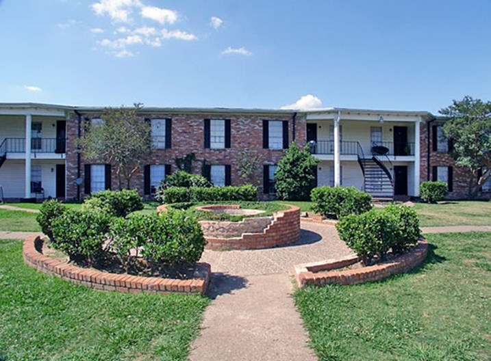 Tara Hall Apartments
