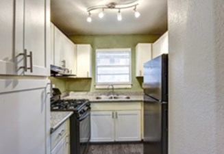 Kitchen at Listing #141382