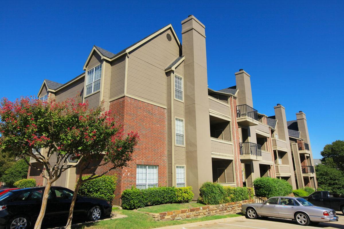 Creekview Apartments Dallas TX