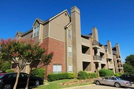 Creekview Apartments Dallas TX