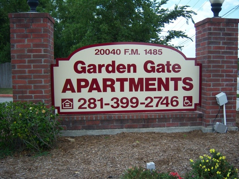 Garden Gate I II New Caney 585 for 1 2 3 4 Beds