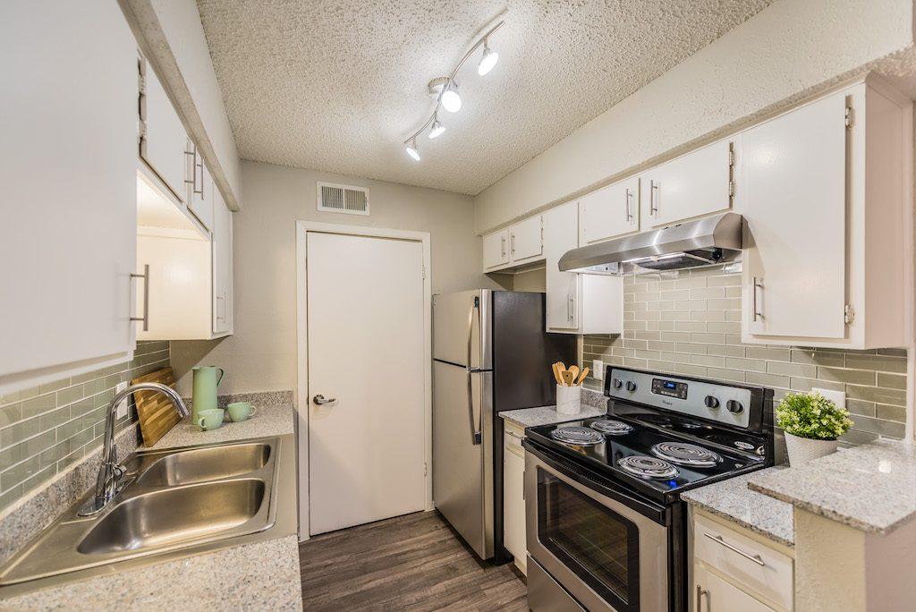 Kitchen at Listing #136207