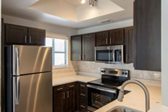 Kitchen at Listing #137276