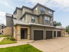 Bell Stonebriar Apartments Frisco TX