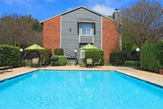 Pool at Listing #141251