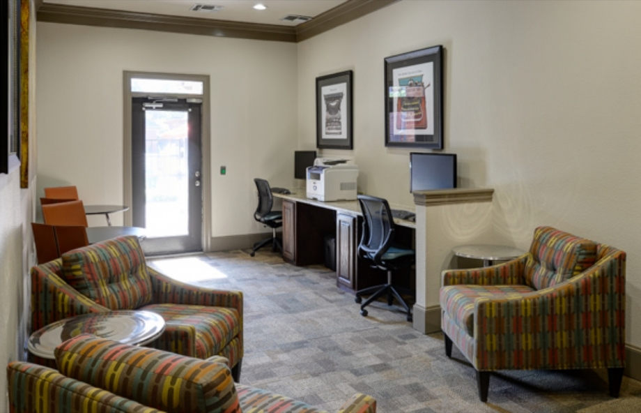 Business Center at Listing #137597