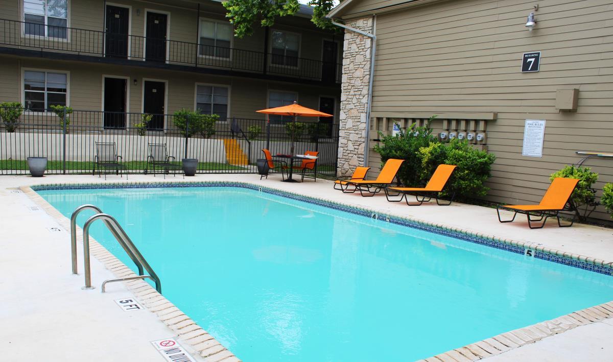Pool at Listing #140873