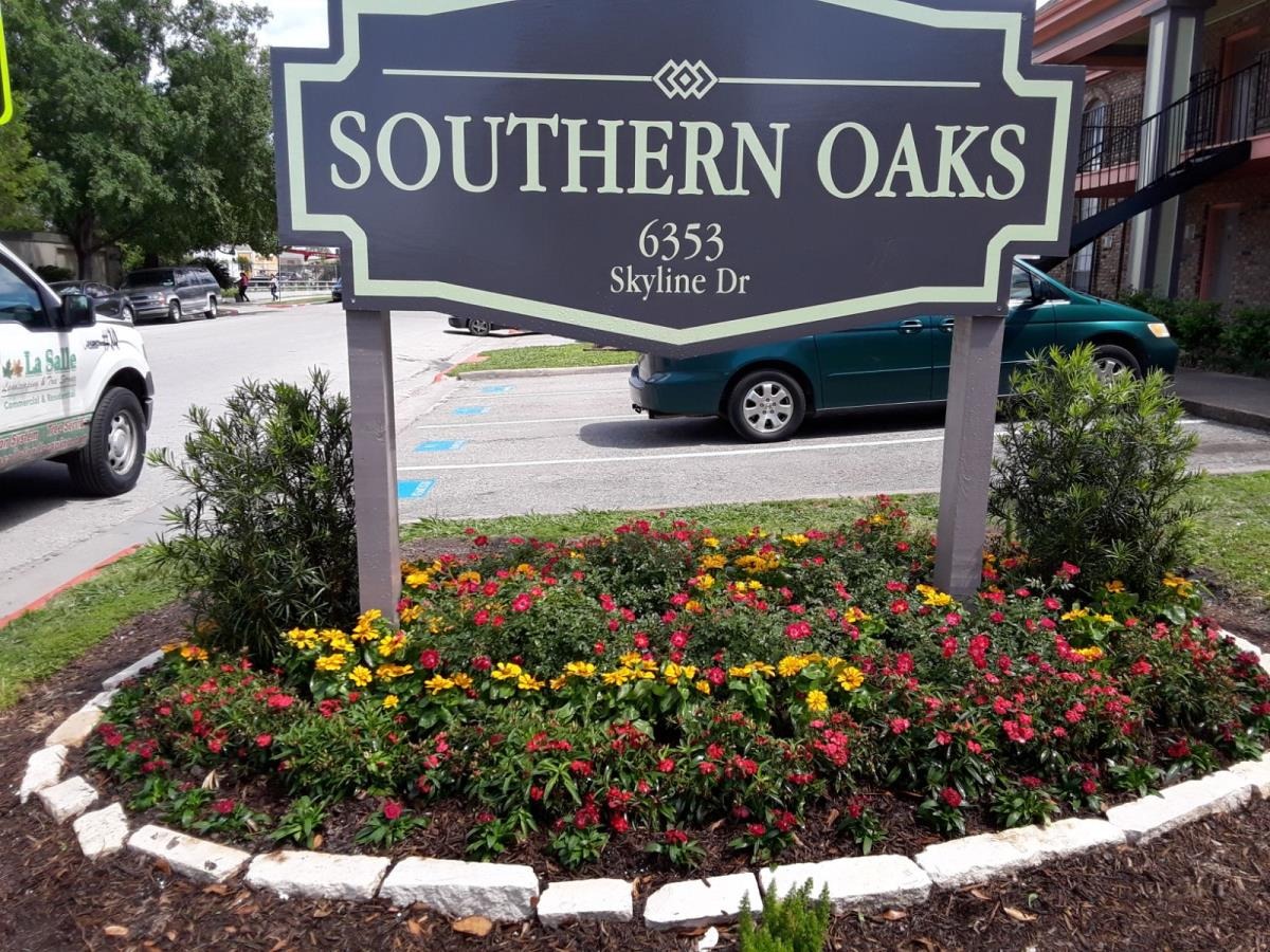 Southern Oaks Apartments
