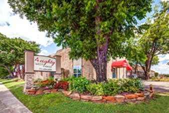 480 W Parker at Listing #139423