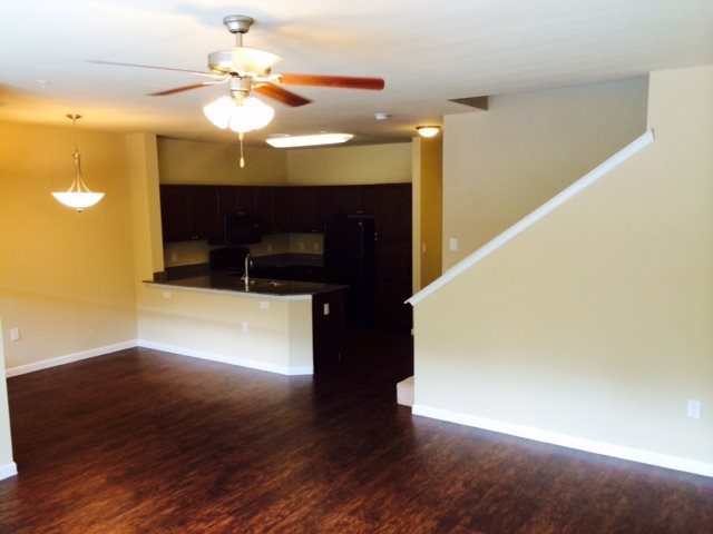 Dining/Kitchen at Listing #136347