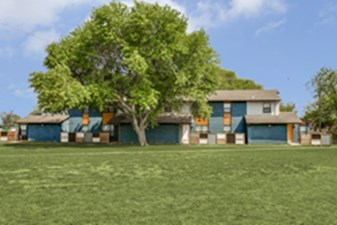 Exterior at Listing #136166