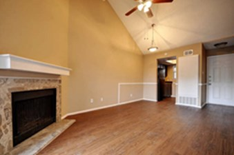 Living Room at Listing #235524