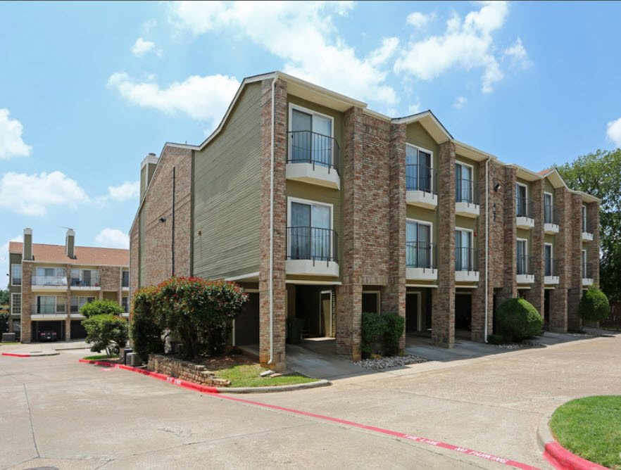 Brownstone Apartments Bedford TX