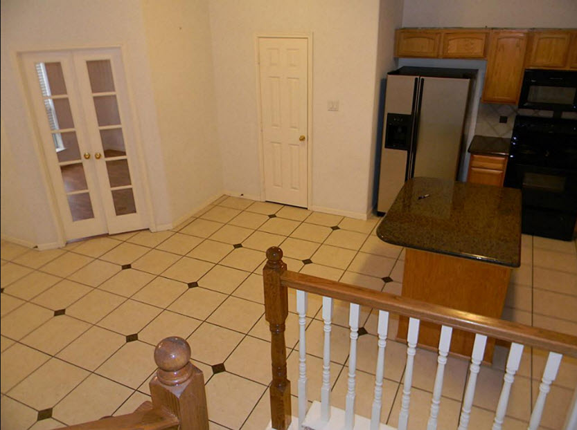 Dining/Kitchen at Listing #138711