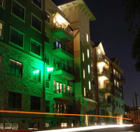 Block on 25 East Apartments , TX