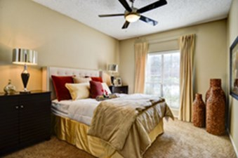Bedroom at Listing #210829