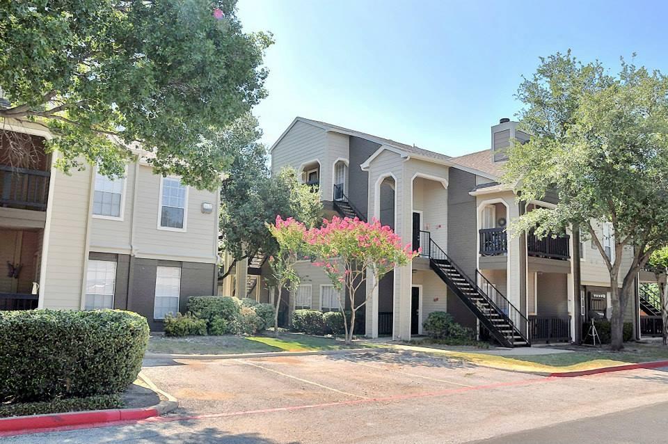 Willows on Rosemeade Apartments Dallas TX