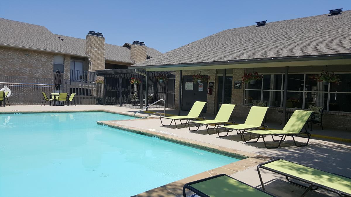 Pool at Listing #136595