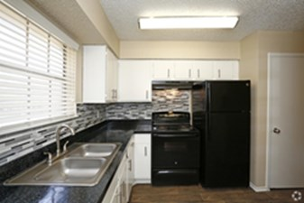 Kitchen at Listing #135946
