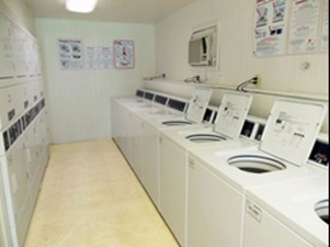 Laundry at Listing #138950